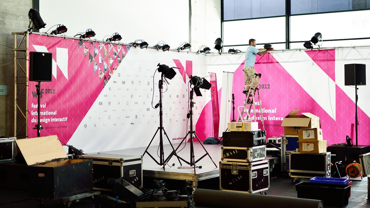 d corum plateau tv pour le festival wif2012. Black Bedroom Furniture Sets. Home Design Ideas